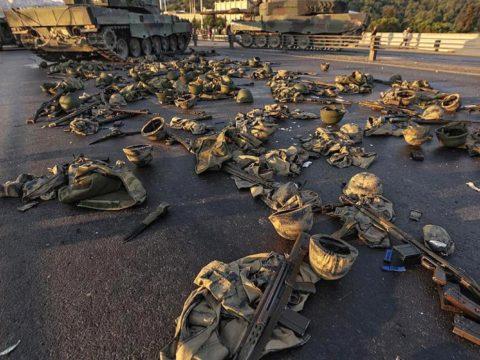 انقلاب تركيا وانقلاب مصر