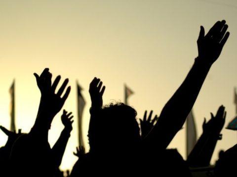 التغيير السلميي والعنيف - السلمية - العنف - التغيير - الثورات - الربيع العربي- الثورات العربية - الجبهة السلفية - أحمد مولانا