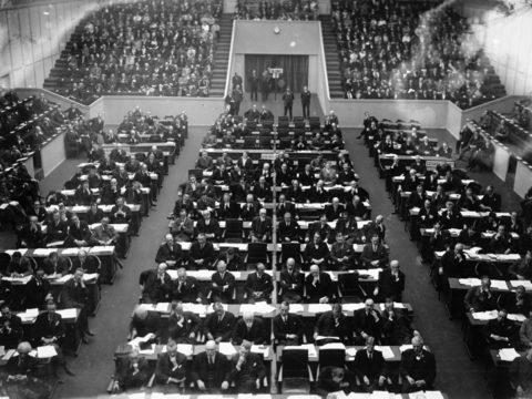 عصبة الأمم - الحرب العالمية - الخلافة العثمانية - تركيا - أمريكا - النازية - الفاشية - الجبهة السلفية - أحمد مولانا
