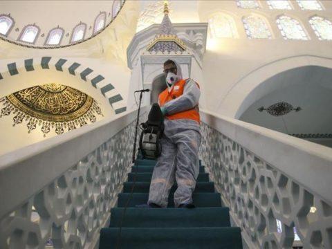 إغلاق المساجد - منع صلاة الجماعة - منع صلاة الجمعة - كورونا - مصر - الفقه الإسلامي - الجبهة السلفية - خالد سعيد
